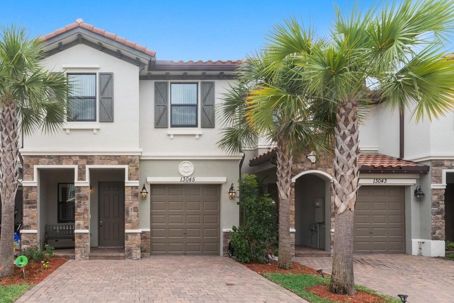 Real Estate Photography - 13045 Anthorne Lane, Boynton Beach, FL, 33436 - Cambria Park Townhome