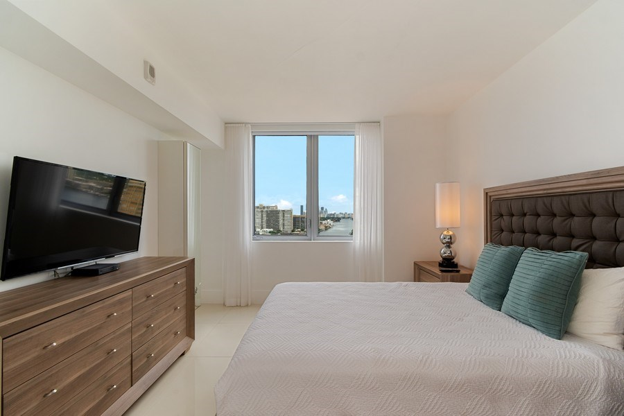 Real Estate Photography - 2600 E Hallandale Beach Blvd, 1701, Hallandale Beach, FL, 33009 - 2nd Bedroom