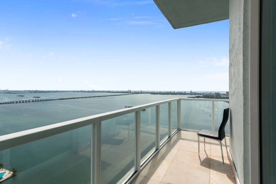 Real Estate Photography - 1900 N. Bayshore Drive, #4802, Miami, FL, 33132 - View