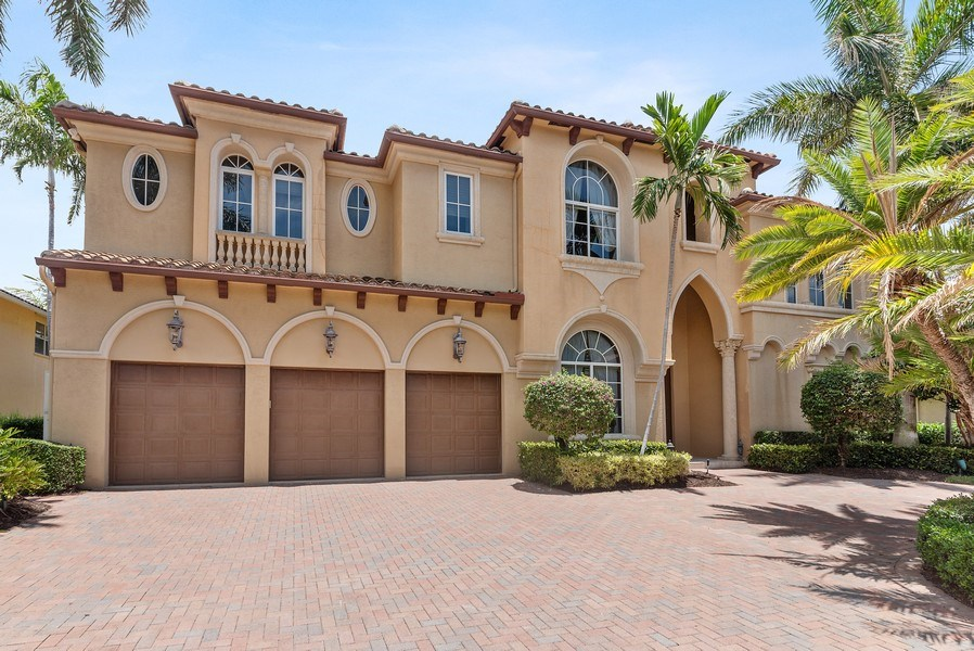 Real Estate Photography - 939 Hyacinth Drive, Delray Beach, FL, 33483 - Front View
