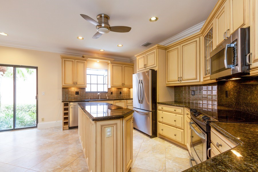 Real Estate Photography - 6436 Via Rosa, Boca Raton, FL, 33433 - Kitchen