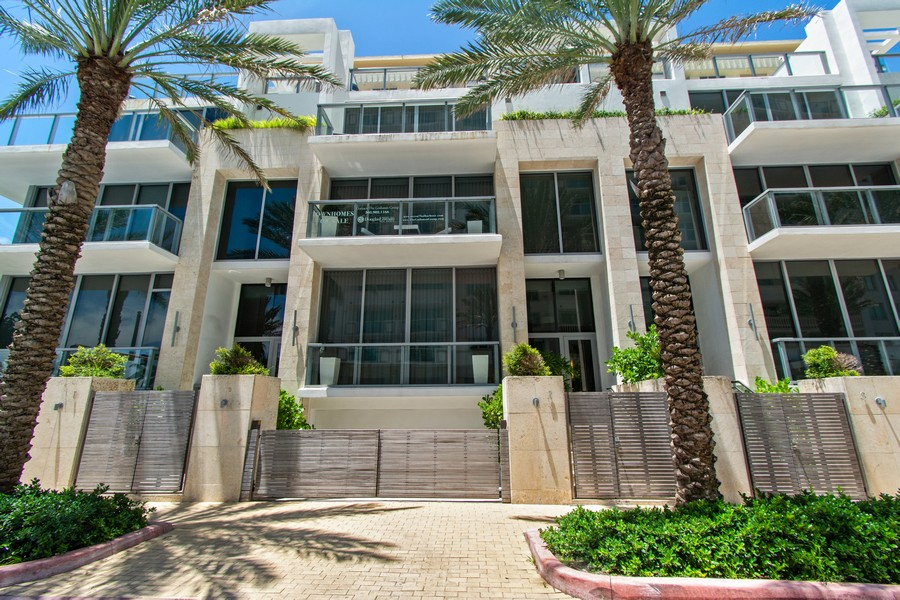 Real Estate Photography - 9501 Collins Avenue, TH-2, Surfside, FL, 33154 - Front View