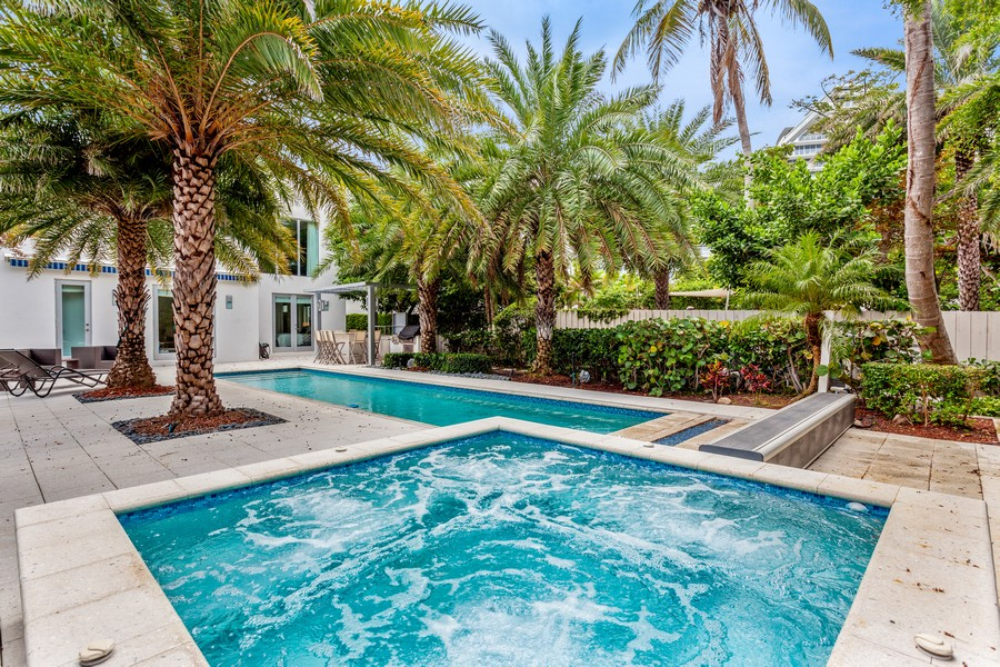 Real Estate Photography - 2401 N. Atlantic Blvd.,, Fort Lauderdale, FL, 33305 - Pool