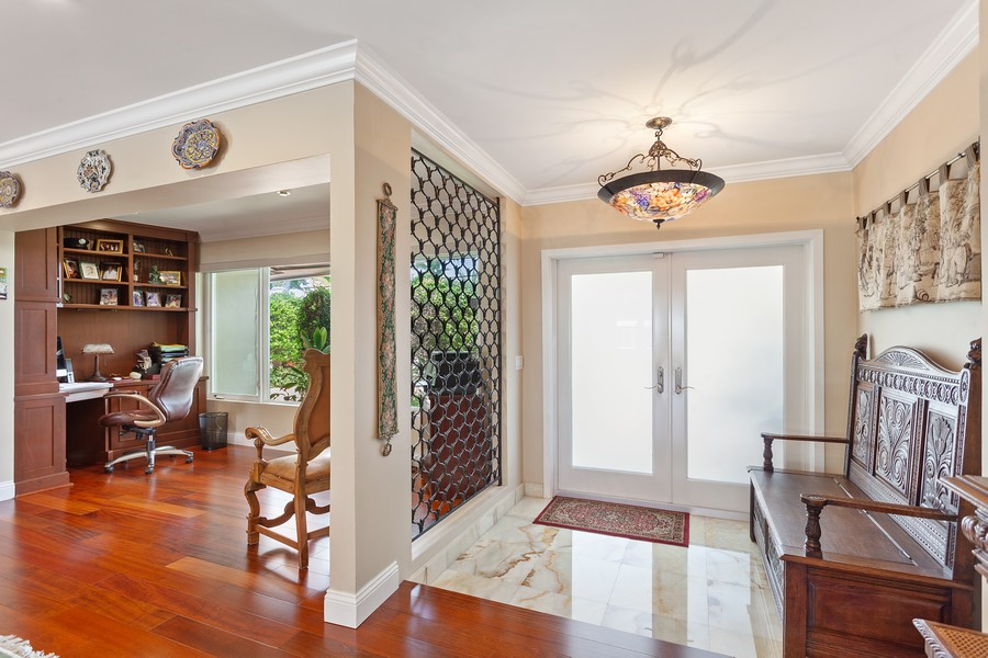 Real Estate Photography - 2864 NE 24th Place, Fort Lauderdale, FL, 33305 - Entryway