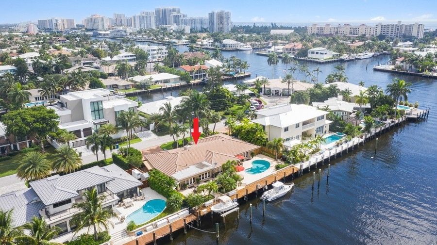 Real Estate Photography - 2864 NE 24th Place, Fort Lauderdale, FL, 33305 -