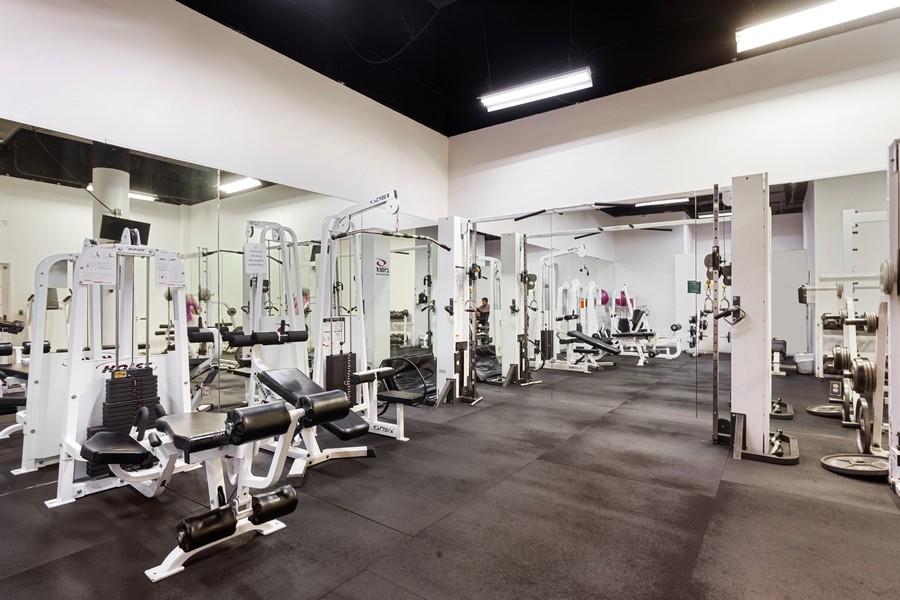 Real Estate Photography - 800 West Avenue, #608, Miami Beach, FL, 33139 - Gym