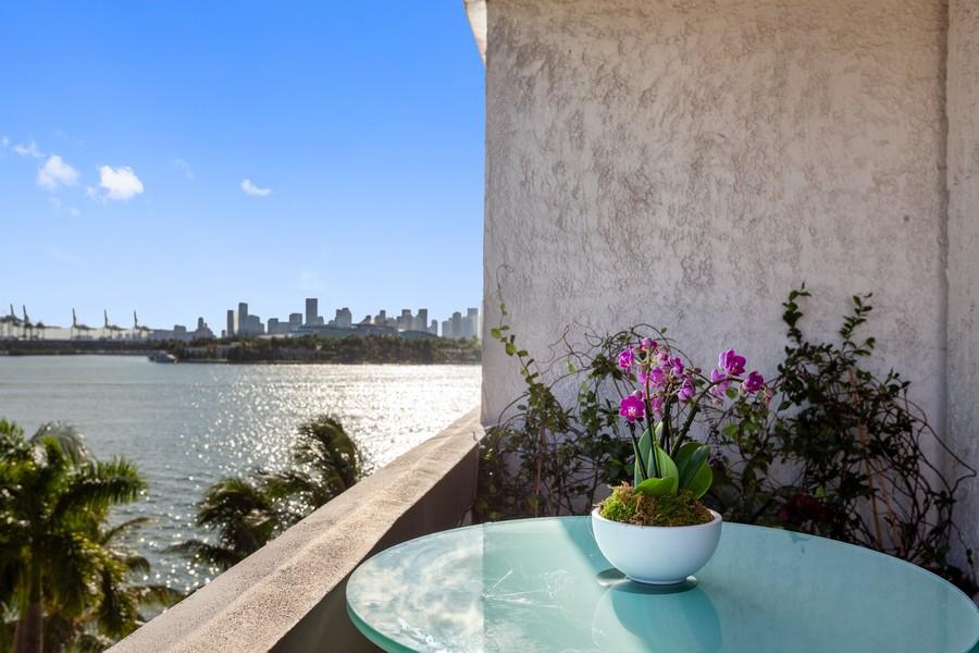 Real Estate Photography - 800 West Avenue, #608, Miami Beach, FL, 33139 - Balcony