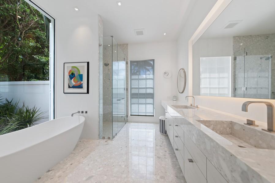 Real Estate Photography - 3 Via Los Incas, Palm Beach, FL, 33480 - Master Bathroom
