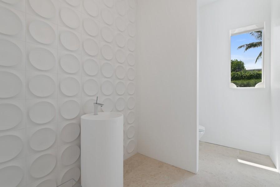 Real Estate Photography - 3 Via Los Incas, Palm Beach, FL, 33480 - Powder Room