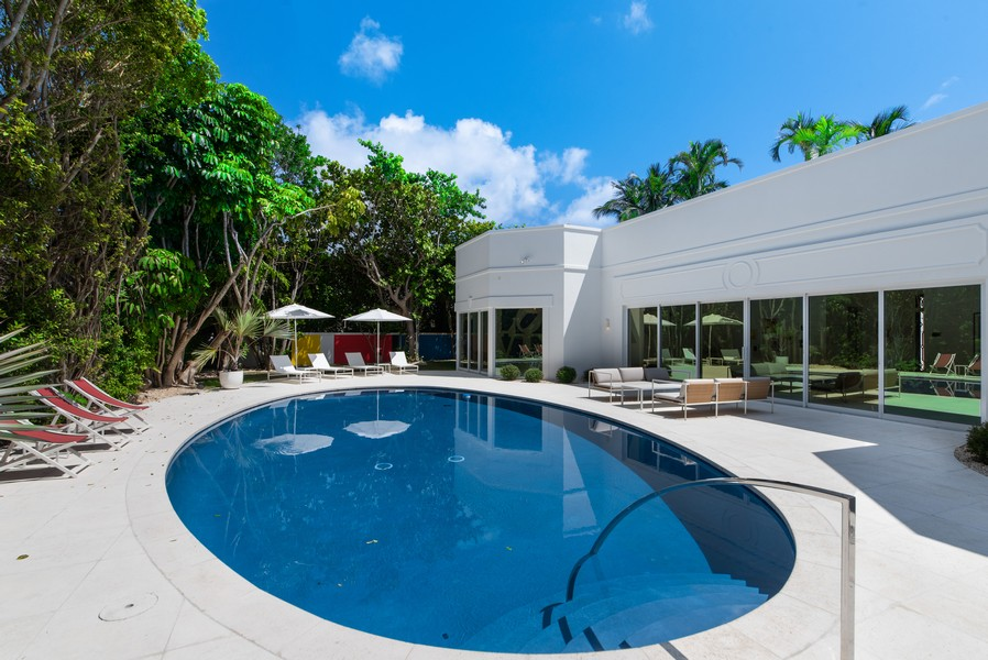 Real Estate Photography - 3 Via Los Incas, Palm Beach, FL, 33480 - Pool