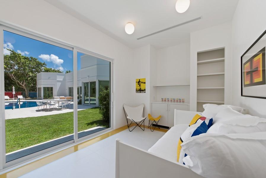 Real Estate Photography - 3 Via Los Incas, Palm Beach, FL, 33480 - Guest House Living Room