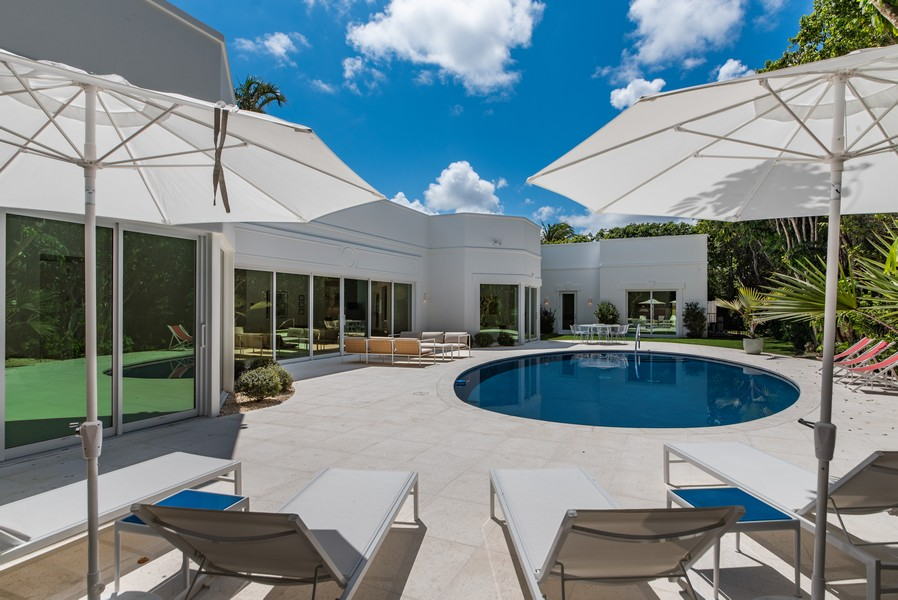 Real Estate Photography - 3 Via Los Incas, Palm Beach, FL, 33480 - Rear View
