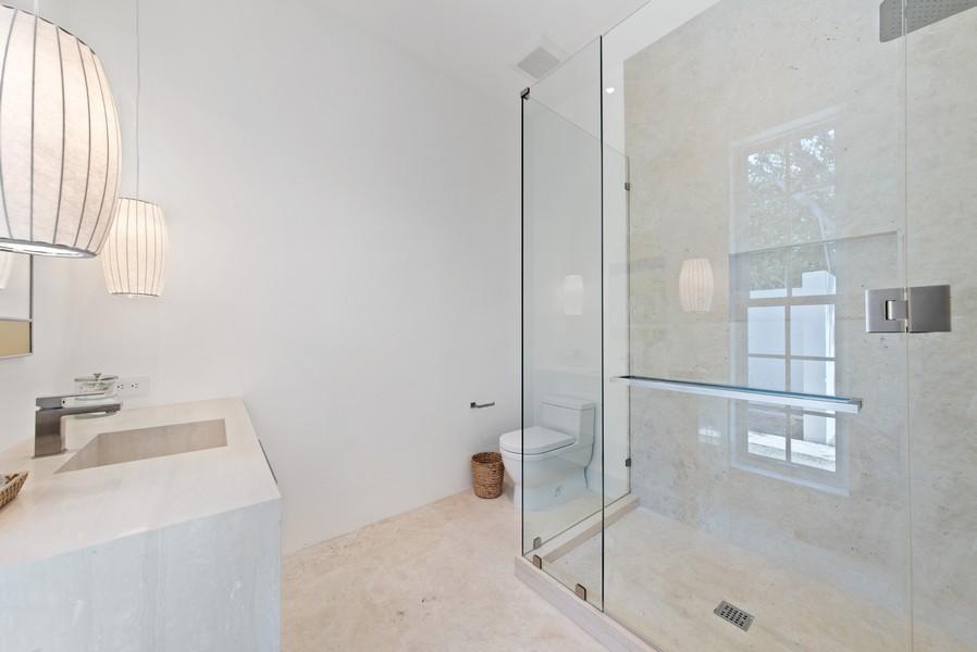 Real Estate Photography - 3 Via Los Incas, Palm Beach, FL, 33480 - 2nd Bathroom