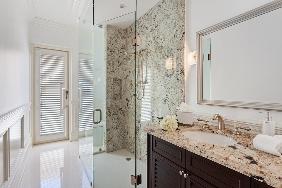 Real Estate Photography - 315 Royal Plaza Drive, Fort Lauderdale, FL, 33301 - 3rd Bathroom