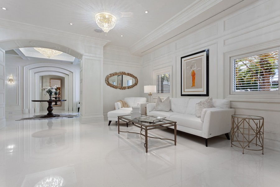 Real Estate Photography - 315 Royal Plaza Drive, Fort Lauderdale, FL, 33301 - Sitting Room