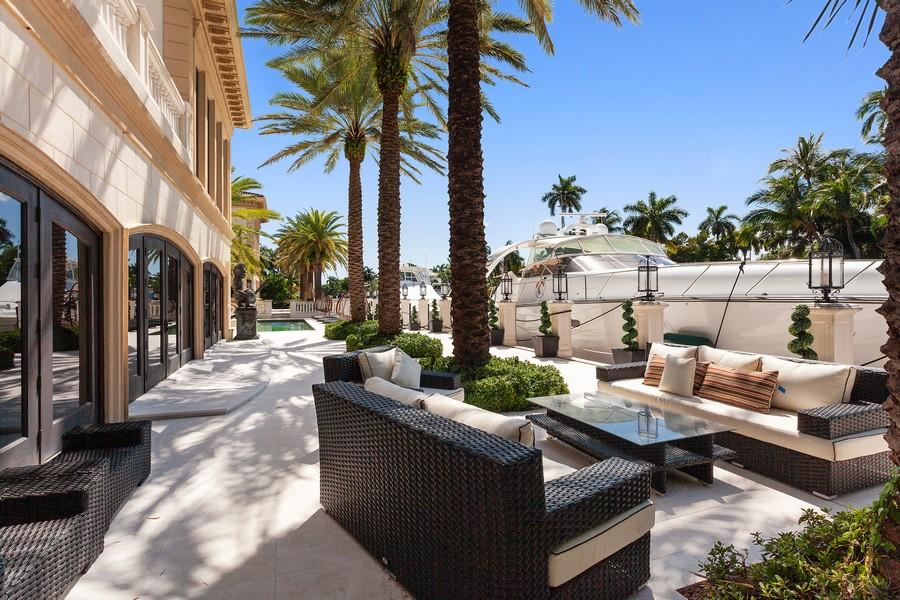 Real Estate Photography - 315 Royal Plaza Drive, Fort Lauderdale, FL, 33301 - Back Yard