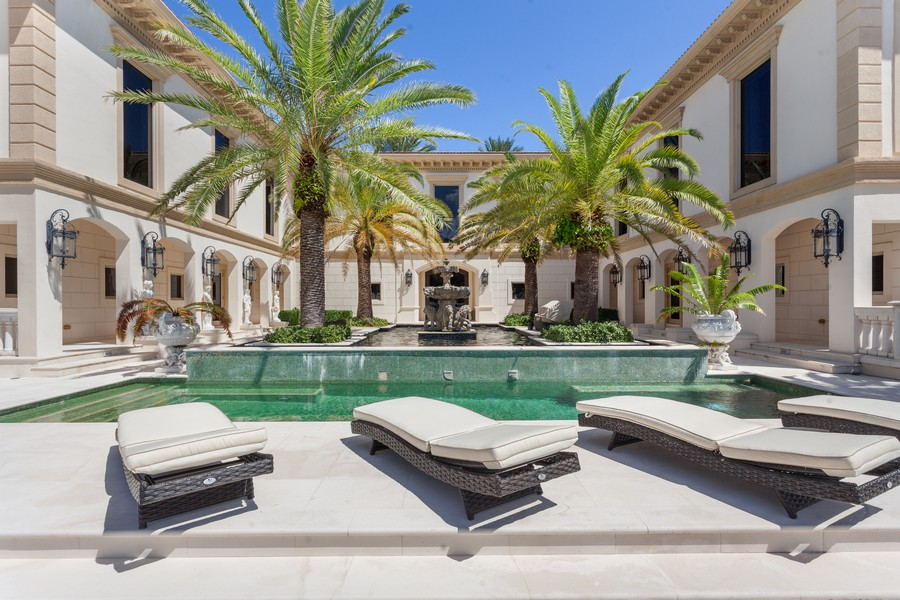 Real Estate Photography - 315 Royal Plaza Drive, Fort Lauderdale, FL, 33301 - Pool
