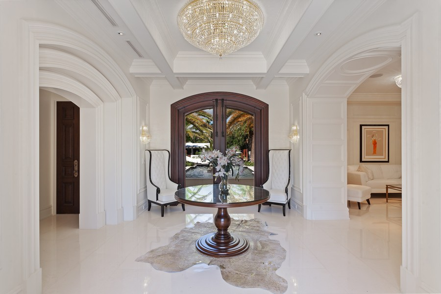 Real Estate Photography - 315 Royal Plaza Drive, Fort Lauderdale, FL, 33301 - Entryway
