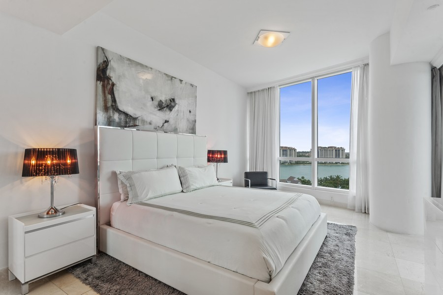 Real Estate Photography - 100 S Pointe Dr, Miami beach, FL, 33139 - Primary Bedroom