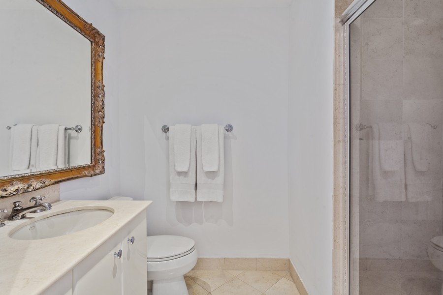Real Estate Photography - 100 S Pointe Dr, Miami beach, FL, 33139 - Bathroom