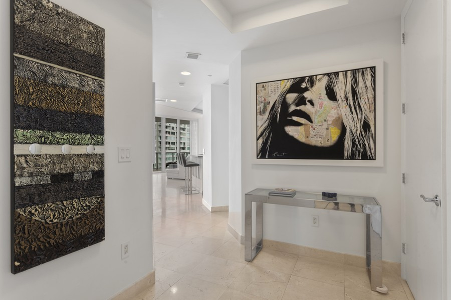 Real Estate Photography - 100 S Pointe Dr, Miami beach, FL, 33139 - Entryway
