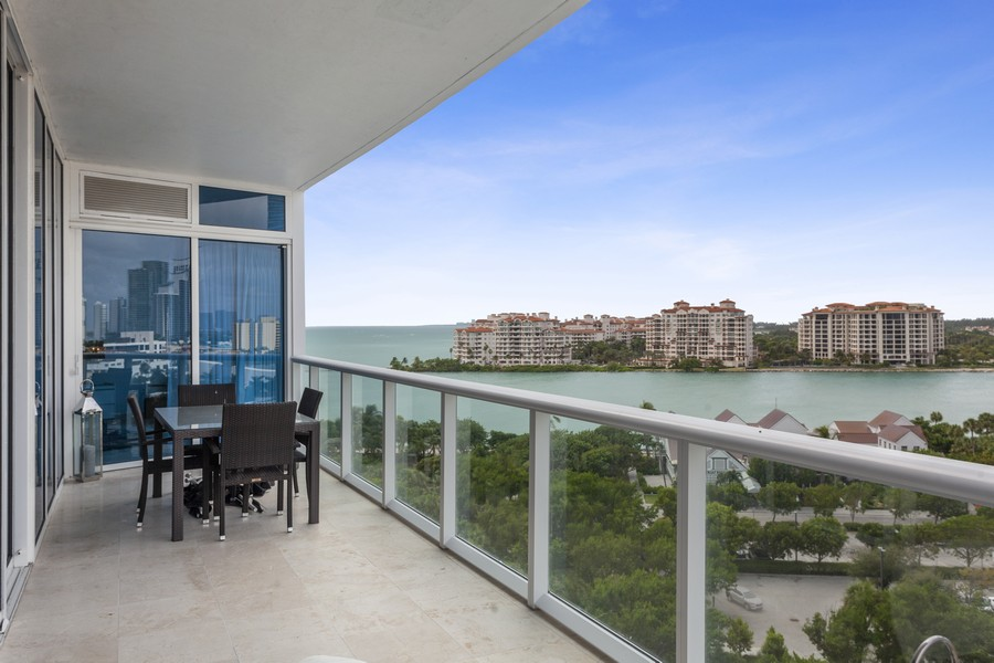 Real Estate Photography - 100 S Pointe Dr, Miami beach, FL, 33139 - Balcony