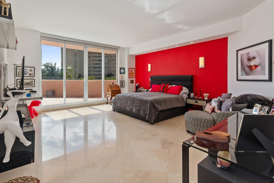 Real Estate Photography - 60 Edgewater Drive #3E, Coral Gables, FL, 33133 - Master Bedroom
