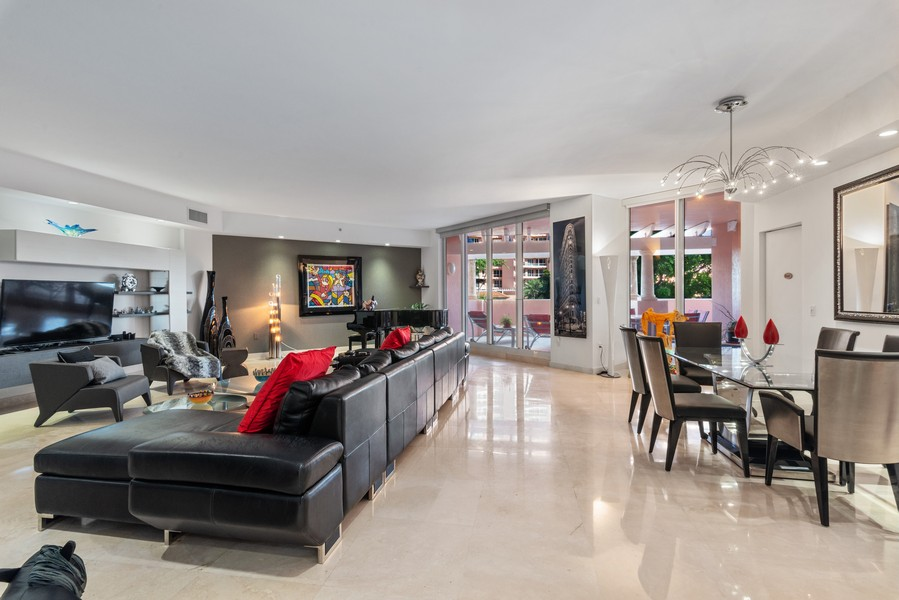 Real Estate Photography - 60 Edgewater Drive #3E, Coral Gables, FL, 33133 - Living Room / Dining Room
