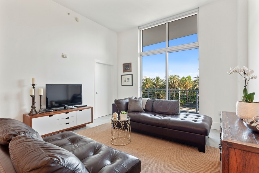 Real Estate Photography - 2001 Meridian Ave, #406, Miami Beach, FL, 33139 - Living Room
