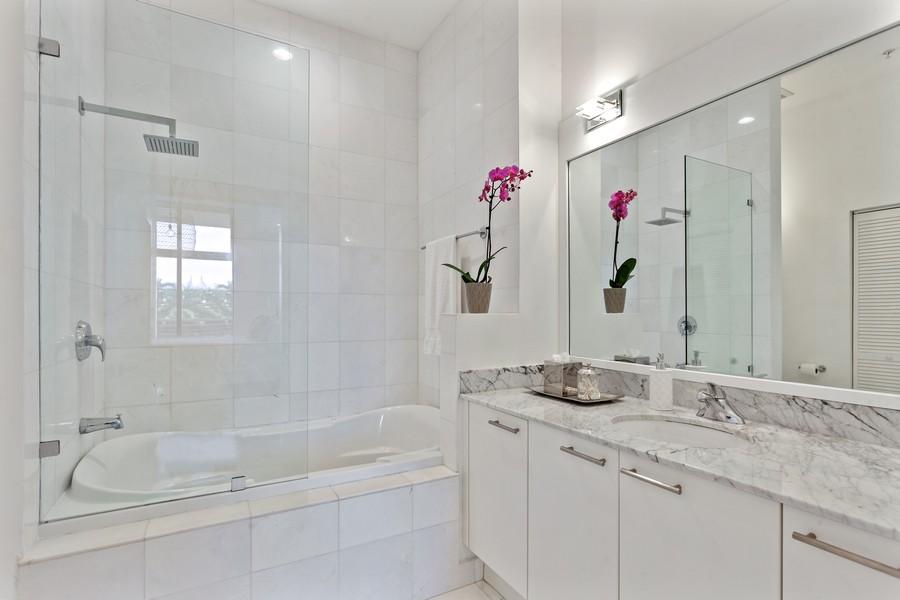 Real Estate Photography - 2001 Meridian Ave, #406, Miami Beach, FL, 33139 - Master Bathroom
