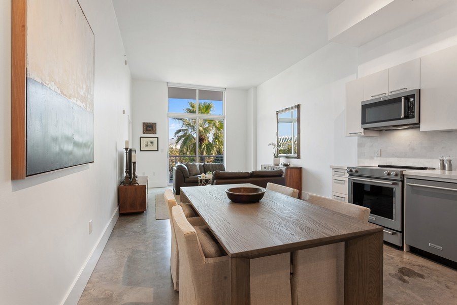 Real Estate Photography - 2001 Meridian Ave, #406, Miami Beach, FL, 33139 - Dining Room
