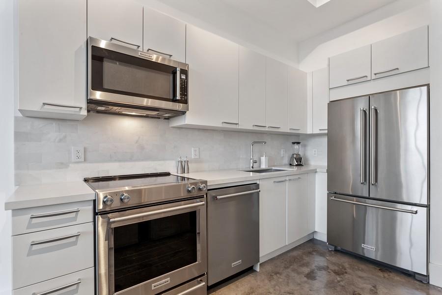Real Estate Photography - 2001 Meridian Ave, #406, Miami Beach, FL, 33139 - Kitchen