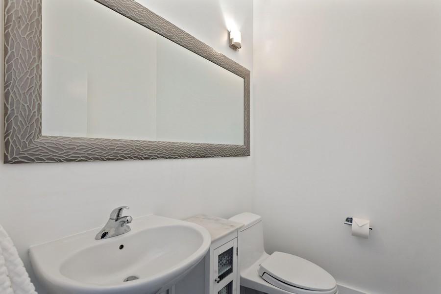 Real Estate Photography - 2001 Meridian Ave, #406, Miami Beach, FL, 33139 - Half Bath