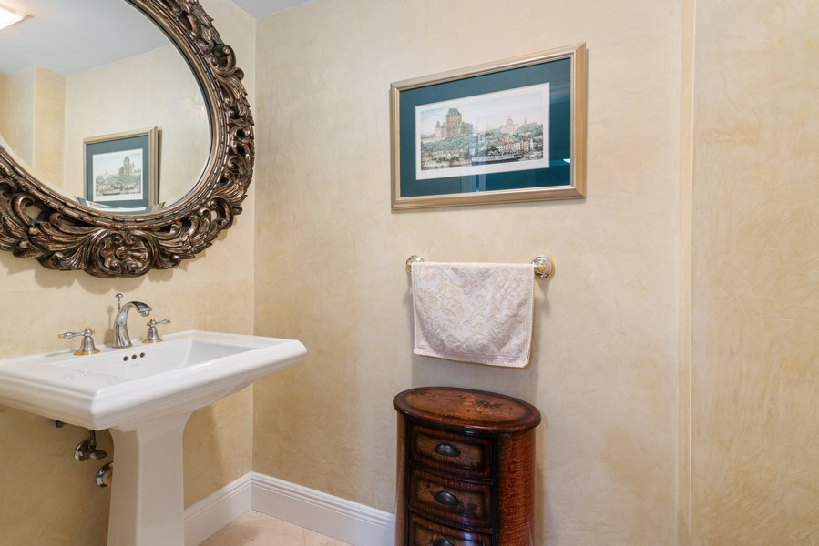 Real Estate Photography - 3400 SW 27th Avenue, #1104, Miami, FL, 33133 - Half Bath