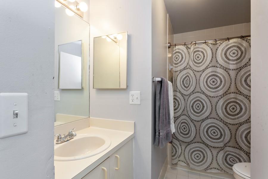 Real Estate Photography - 1390 NW 126th Way, Sunrise, FL, 33323 - Bathroom