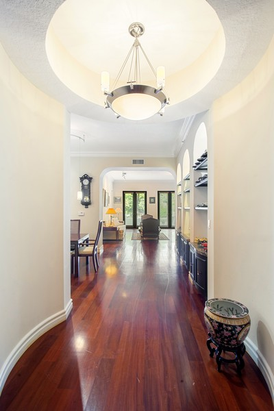 Real Estate Photography - 2401 Anderson Road, #2, Coral Gables, FL, 33134 - Foyer
