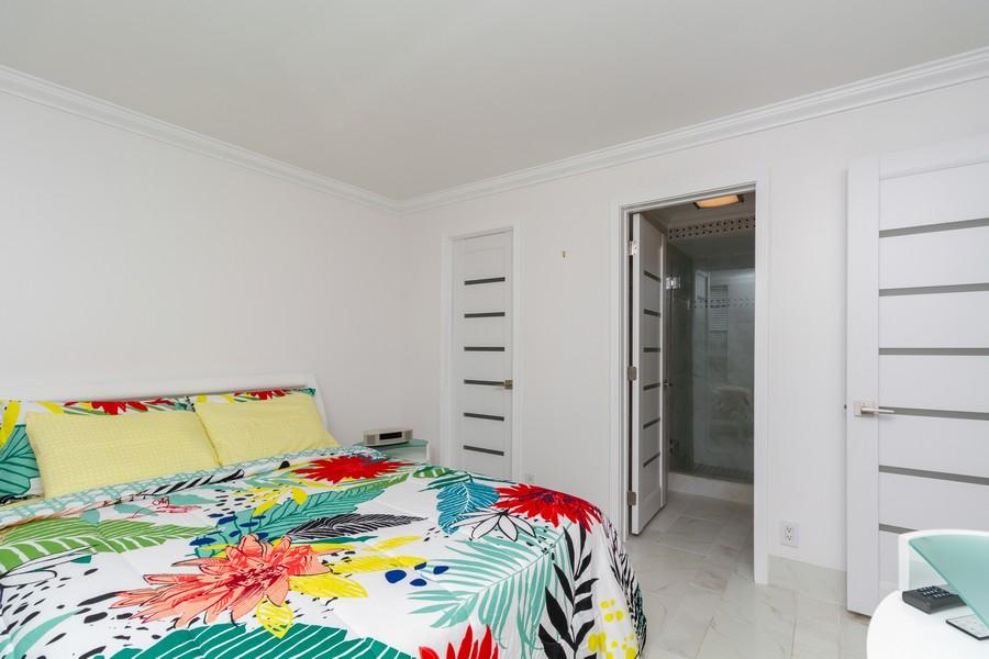 Real Estate Photography - 14 Royal Palm Way #501, Boca Raton, FL, 33432 - 2nd Bedroom