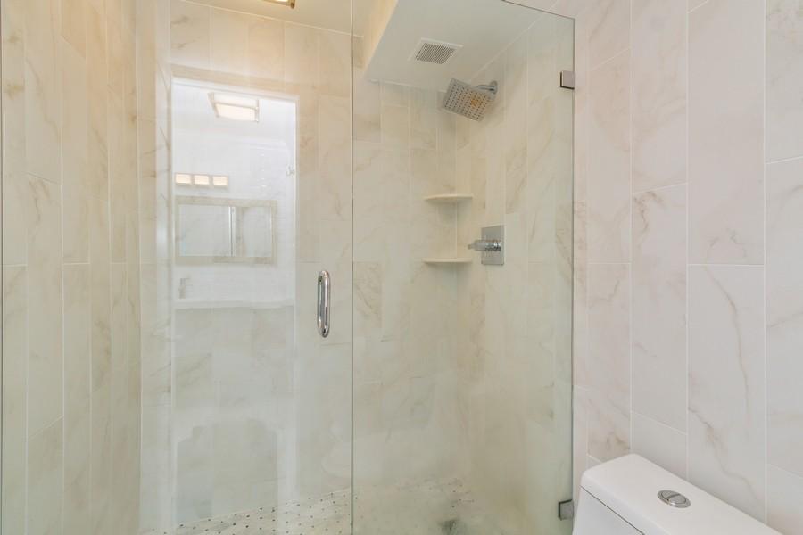 Real Estate Photography - 14 Royal Palm Way #501, Boca Raton, FL, 33432 - Primary Bathroom