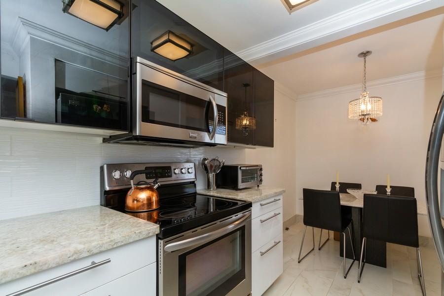 Real Estate Photography - 14 Royal Palm Way #501, Boca Raton, FL, 33432 - Kitchen