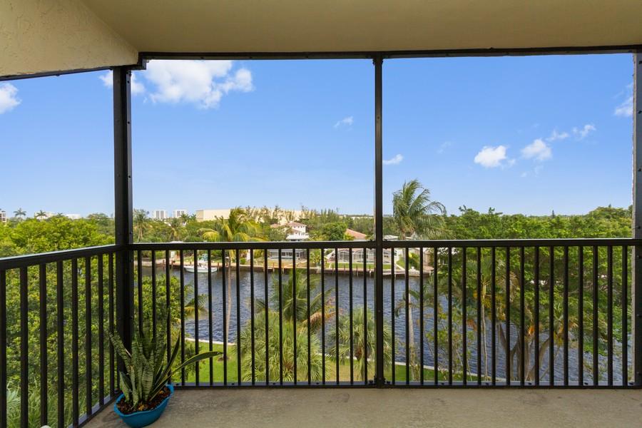 Real Estate Photography - 14 Royal Palm Way #501, Boca Raton, FL, 33432 - Patio