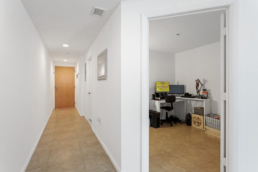 Real Estate Photography - 253 NE 2nd Street 1108, Miami, FL, 33132 - Hallway