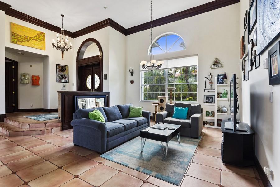 Real Estate Photography - 16421 NE 34 Ave, North Miami Beach, FL, 33160 - Living Room