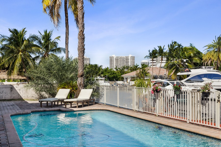 Real Estate Photography - 16421 NE 34 Ave, North Miami Beach, FL, 33160 - Pool