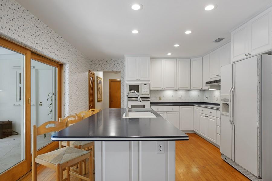 Real Estate Photography - 13205 SW 71 Avenue, Pinecrest, FL, 33156 - Kitchen