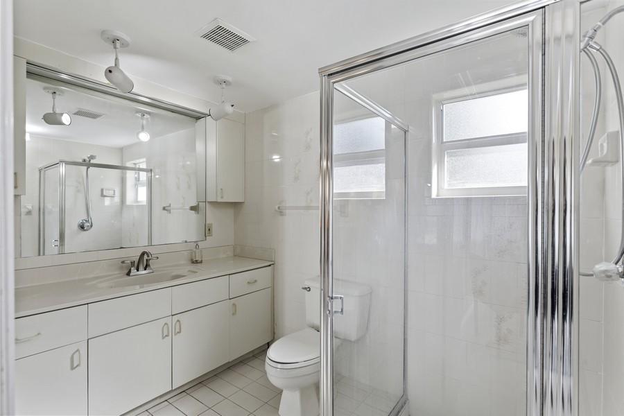 Real Estate Photography - 7800 SW 112 Street, Pinecrest, FL, 33156 - 3rd Bathroom