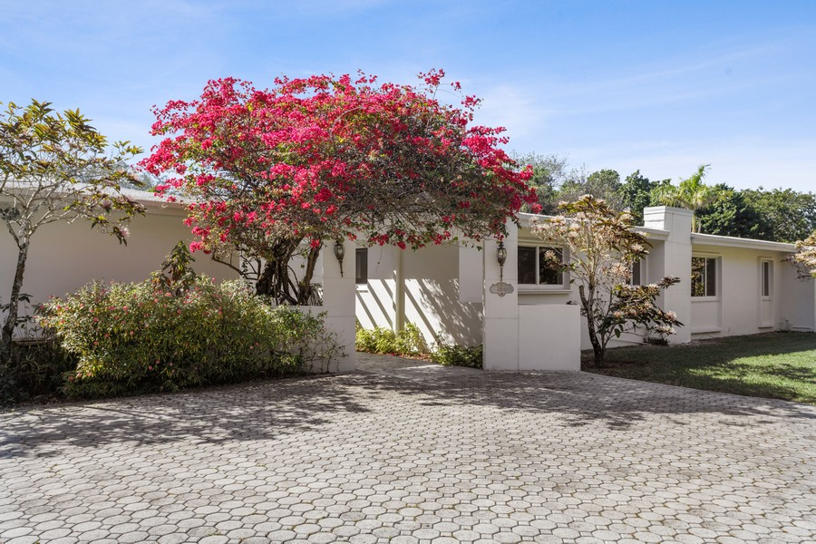 Real Estate Photography - 7800 SW 112 Street, Pinecrest, FL, 33156 - Front View