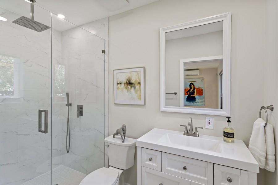 Real Estate Photography - 7800 SW 112 Street, Pinecrest, FL, 33156 - 2nd Bathroom