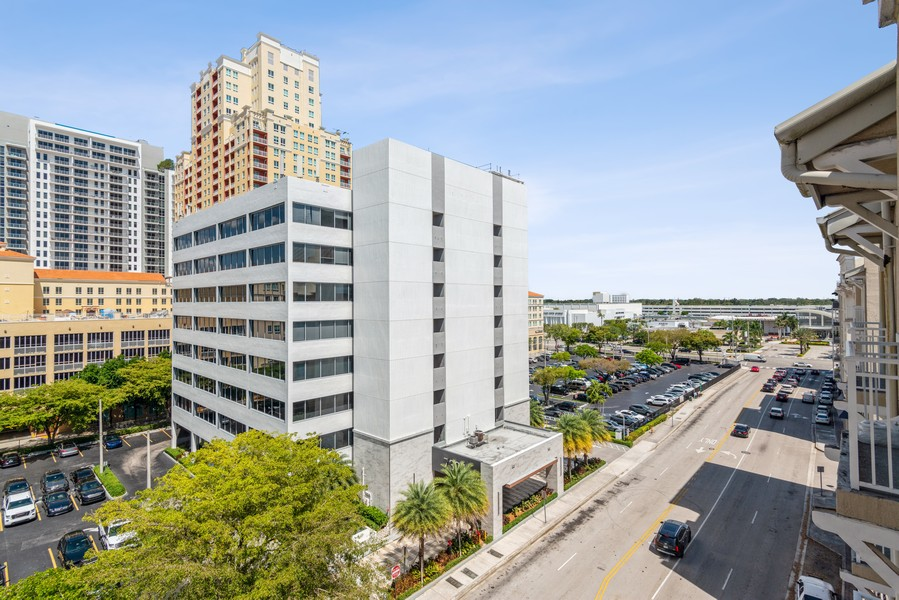 Real Estate Photography - 7285 SW 90th St, Unit D613, Miami, FL, 33156 - Neighborhood