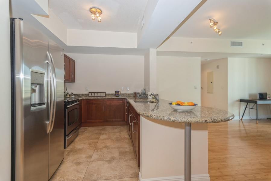Real Estate Photography - 7285 SW 90th St, Unit D613, Miami, FL, 33156 - Kitchen / Dining Room