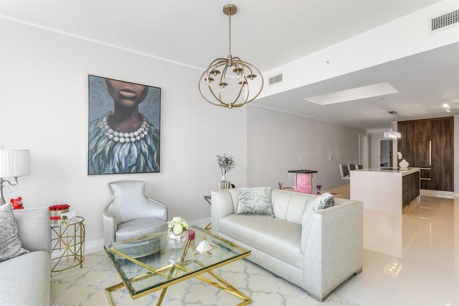 Real Estate Photography - 851 NE 1ST STREET #1611, Miami, FL, 33132 - Living Room